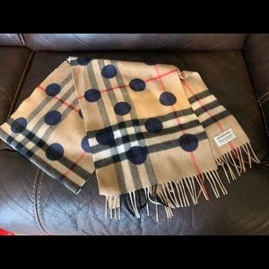 NWOT Burberry Blue Dot Cashmere Scarf